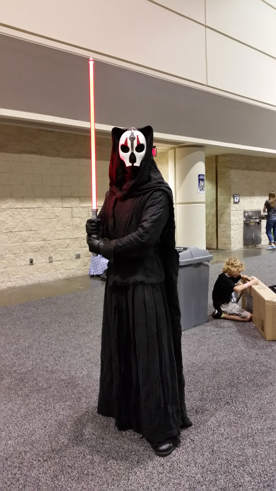 Darth Nihilus with his lightsaber